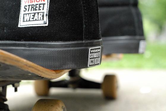 vision-street-wear-retro-suede-hi