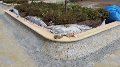 Rakovník, postavili nám krásnej novej spot, kachličky jak kdyby je objednali od tvůrců skateparků přímo