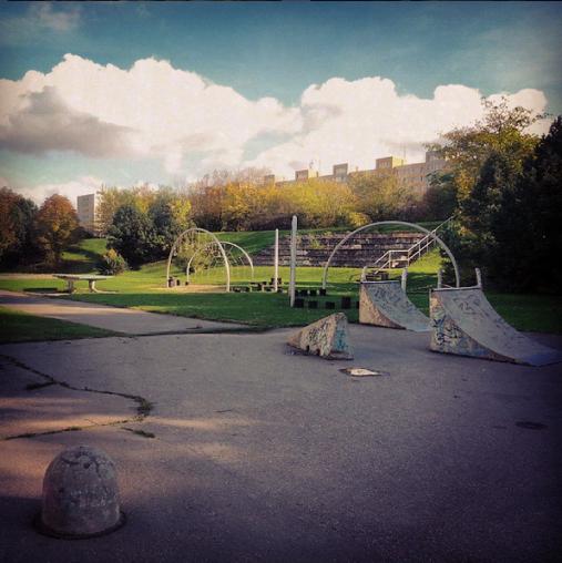 první rok v Praze jsem bydlel na Jižáku a celý to sídliště mi přirostlo k srdci. Včetně tohohle parku.