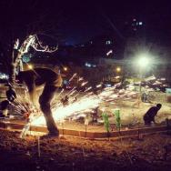 Fotka z noční směny na stavbě skateparku v Ammánu. Nejlepší životní zážitek