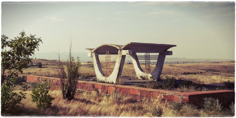 ussr-legacy-photos-of-soviet-bus-stops-by-christopher-herwig