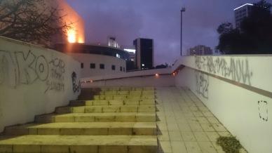 Nebo bank vedle schodů