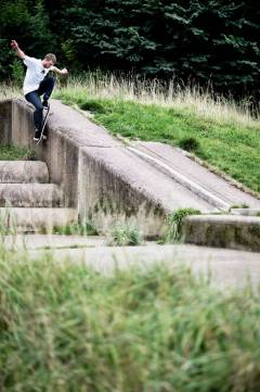 tom_day_wallie_180_wigan_grey_henry_kingsford_final-620x930