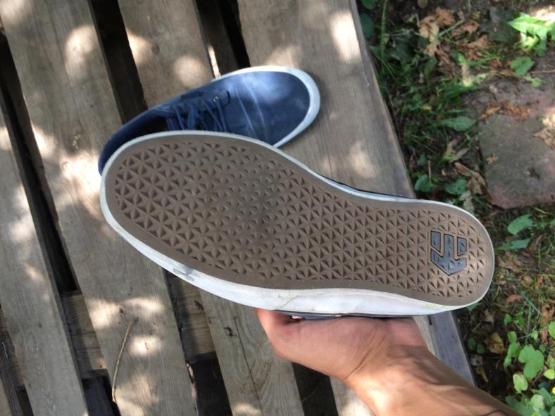 bota po 1 týdnu ježdění podrážka
